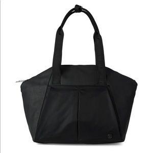 Lululemon Free To Be Bag Duffle Travel Black Large